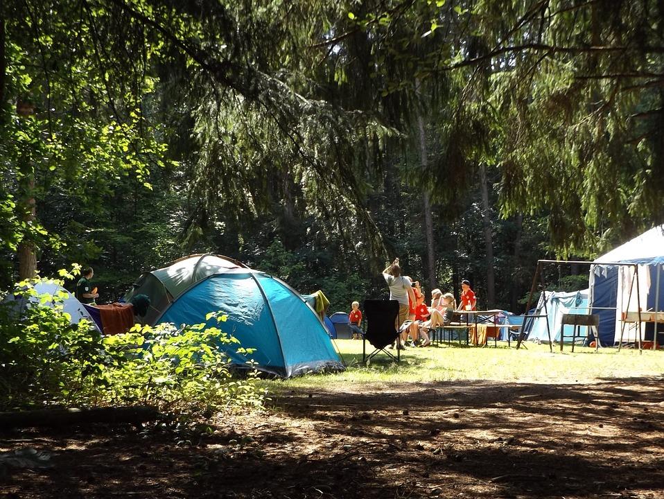 Camping Club Les Gen Ts Salles Curan